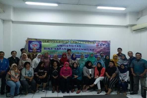 Universitas Bina Sarana Informatika meningkatkan kemampuan ibu-ibu PKK kelurahan Ulujami Jakarta Sel